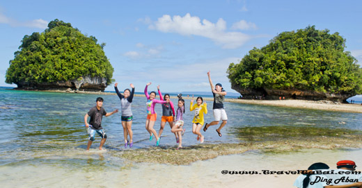 Britania Group of Island Surigao Del Sur, Enchanted River Surigao del Sur, Tinuy-an Falls Surigao del Sur, Bislig Tinuy-an Falls, Island of Surigao Del Sur,  best tourist spots in Mindanao,  24 islands and islets scattered, Hiyod-hiyoran Island Surigao del Sur, Boslon Island Surigao del Sur, Naked Island Surigao del Sur, Hagonoy Island Surigao del Sur