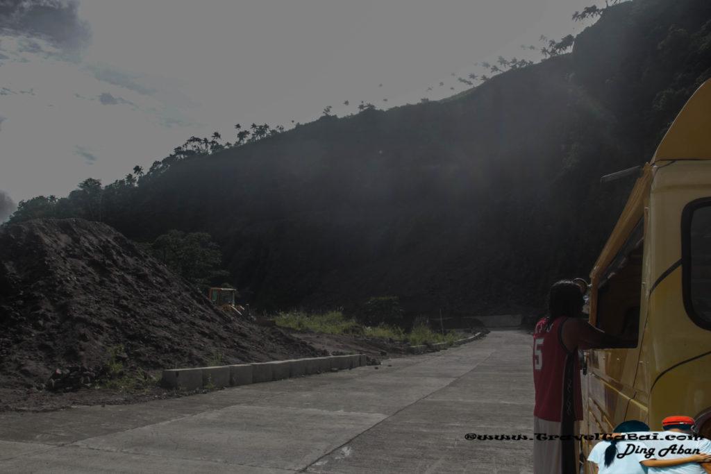 tuasan-falls-road